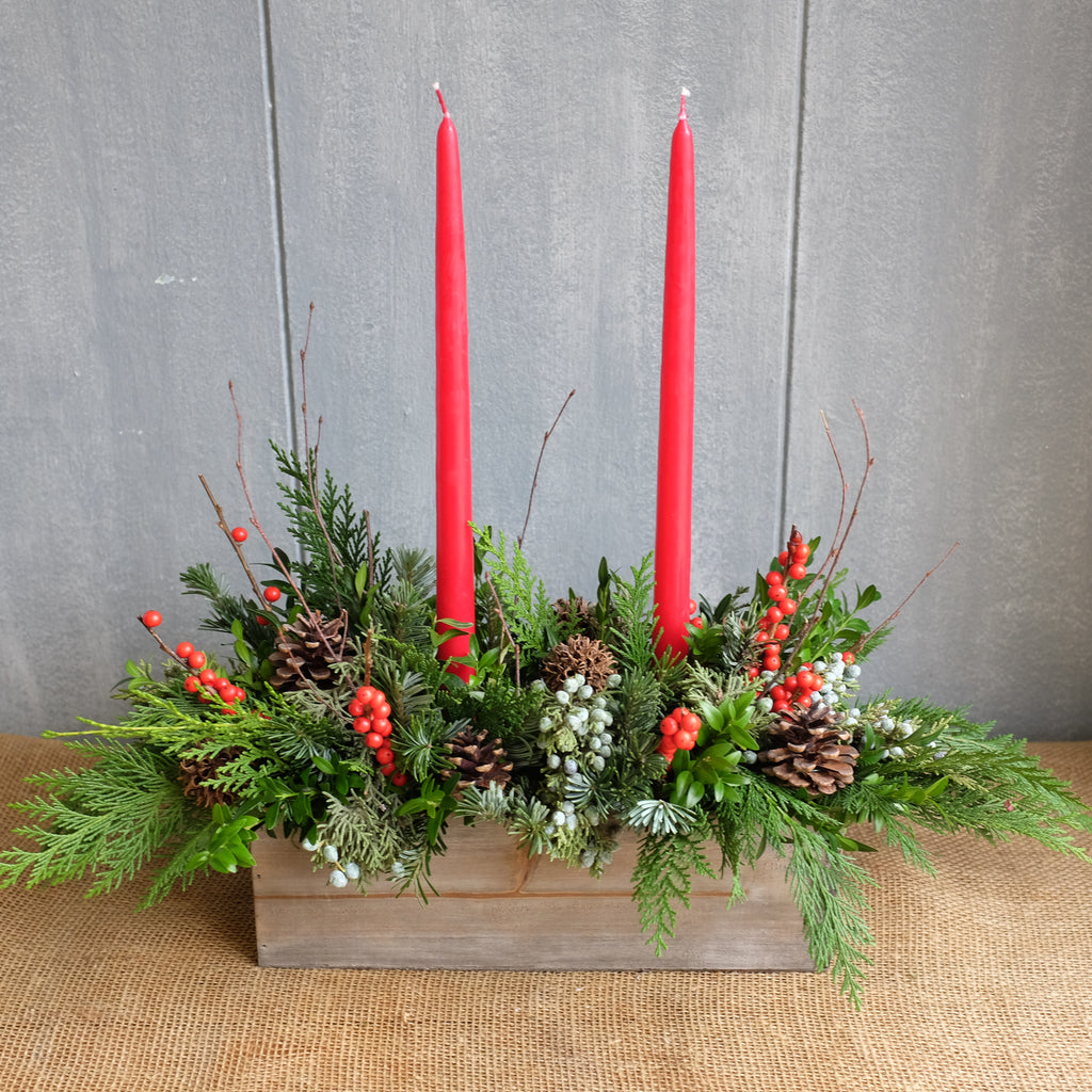 Evergreen box with candles