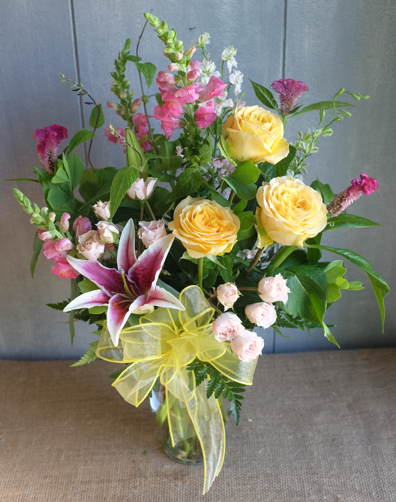 Cheerful Flower arrangement in a vase