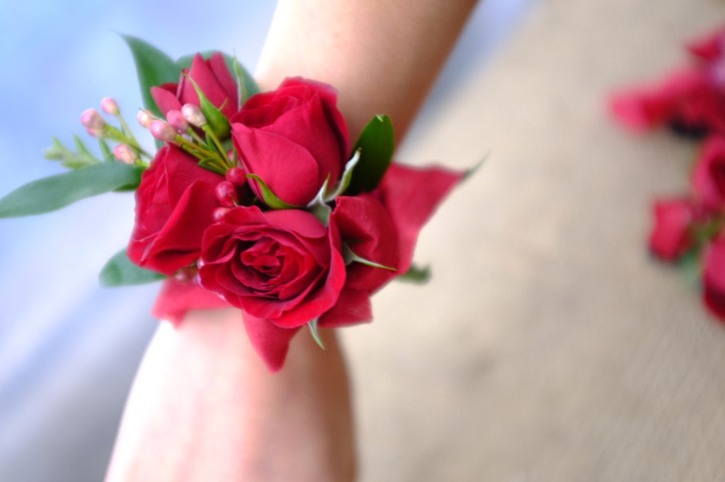 Red Sweetheart Rose Corsage | Michler's Florist