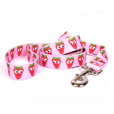 Sweet Strawberries Standard Designer Dog Leash X-Large - 3/8 Inch Wide and 5 feet (60 inches) long