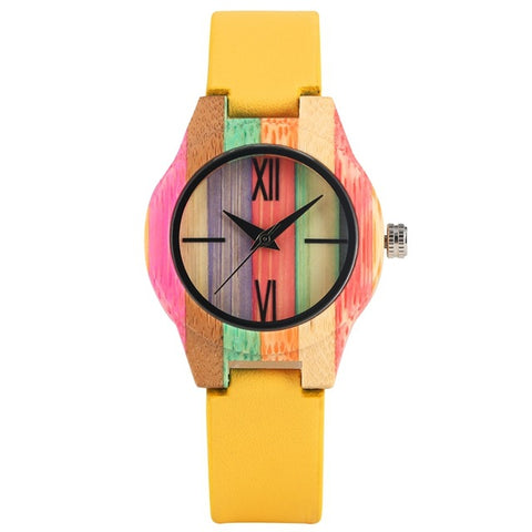 montre multicolore en bois