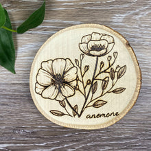 Load image into Gallery viewer, Flower Coasters - Set of 4