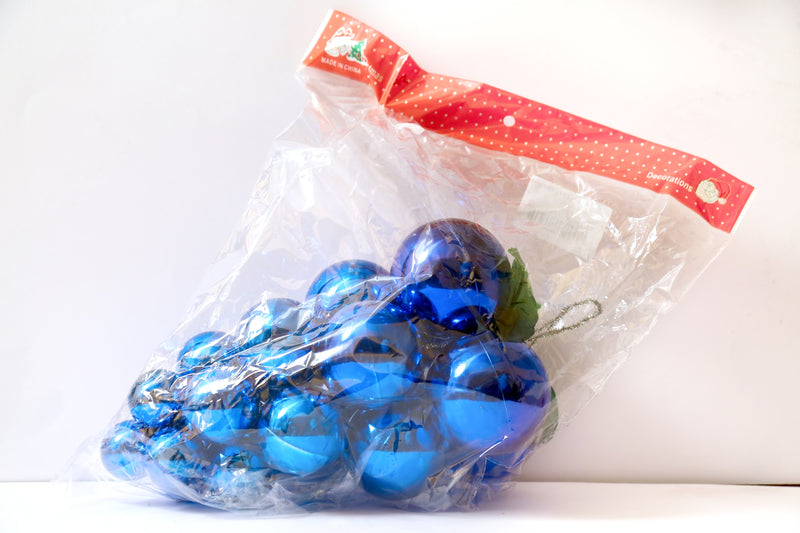 Christmas Tree Grape Decoration (Blue)