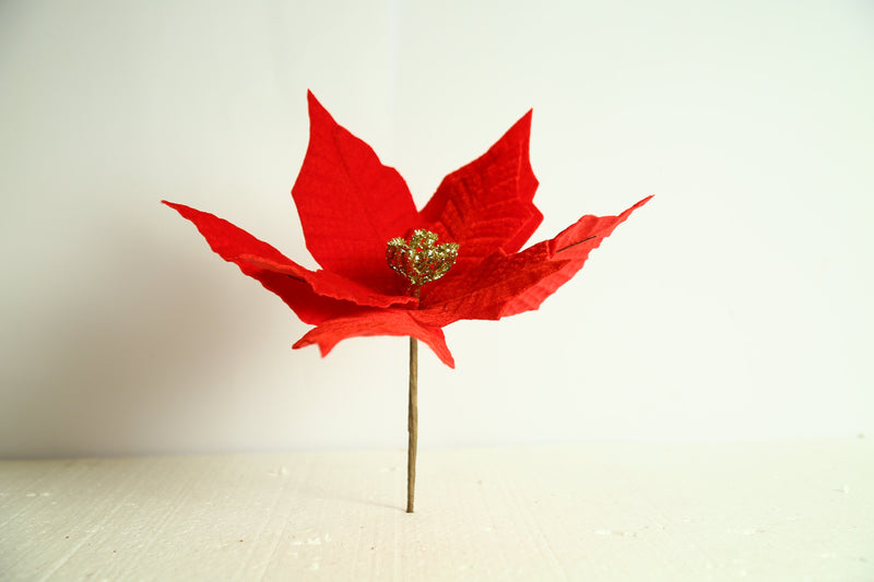 Simple Christmas Flower Decoration