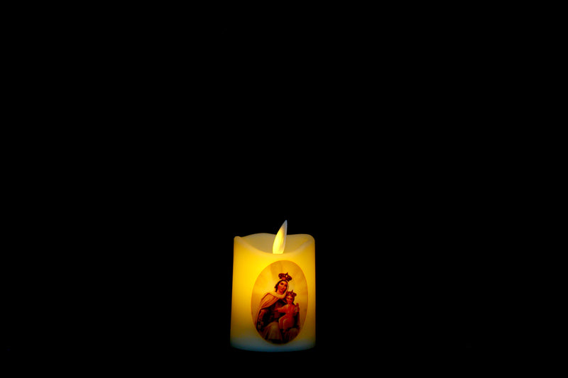 Flickering Candle Light With Jesus Prints (8 Types Available)