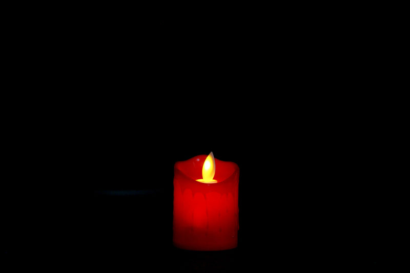 Flickering LED Candles (4 Colors available)