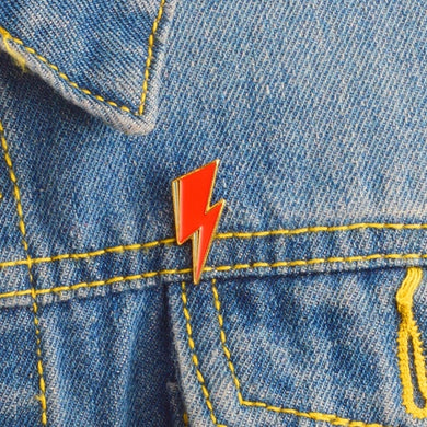 Bowie Lighting Bolt Pin Badge