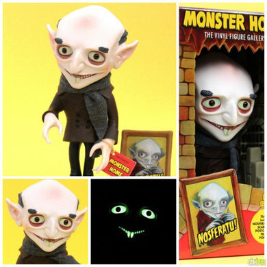 Nosferatu Monster Home Vinyl Figure