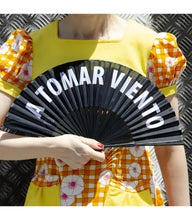 "Load image into Gallery viewer, Hand Fan ""A tomar viento"""