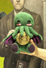 Load image into Gallery viewer, Cthulhu with cookie wool Doll amigurumi