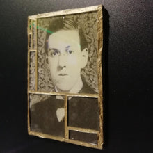 "Load image into Gallery viewer, Glass mosaic magnet  ""H.P Lovecraft """