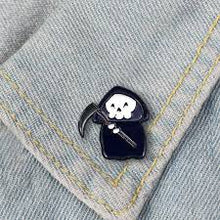 Load image into Gallery viewer, Cute Grim Reaper Pin Badge