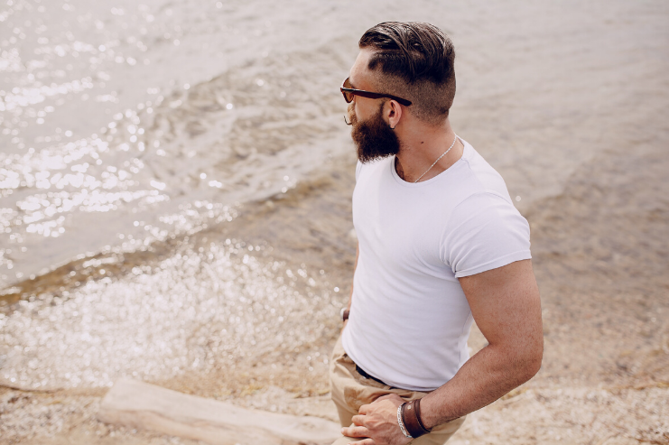 How to Grow a Beard by THE GROOMING JOURNAL