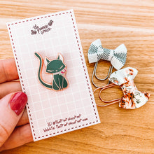 Load image into Gallery viewer, Kitty Magnetic Enamel Pin - Black and White - Rose Gold and Silver
