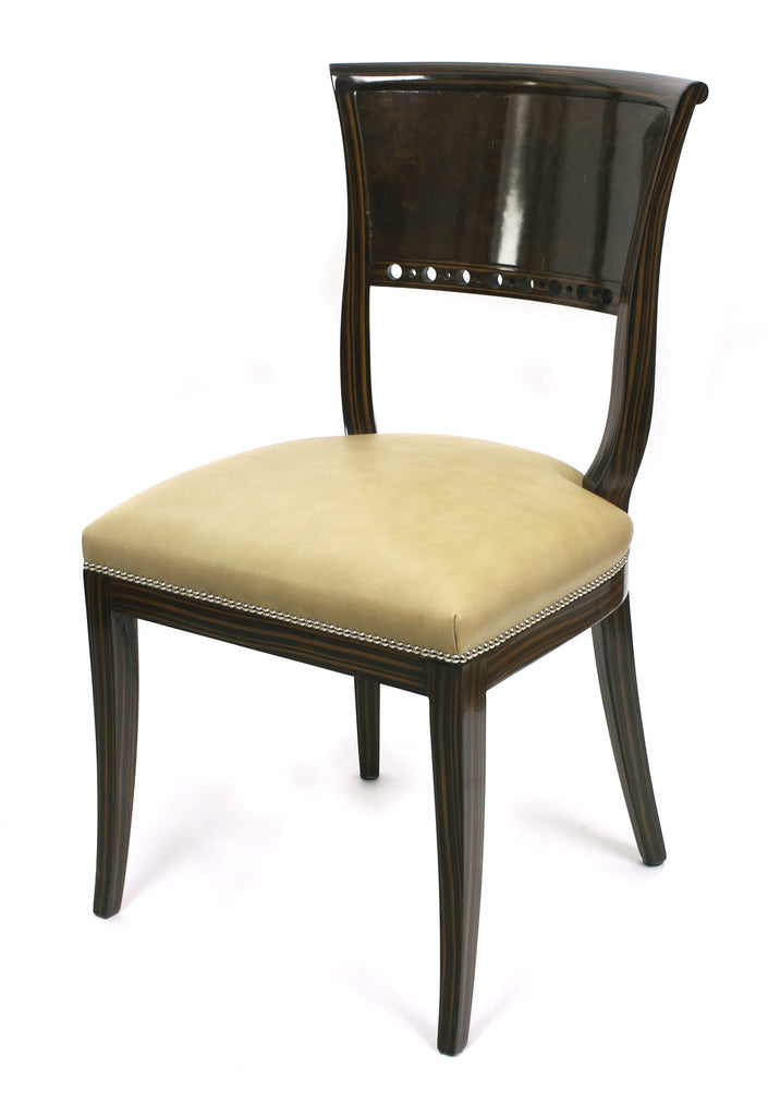 <b>SET OF 6 FRENCH DINING ROOM CHAIRS</b><br> CIRCA 1930-1940</br>