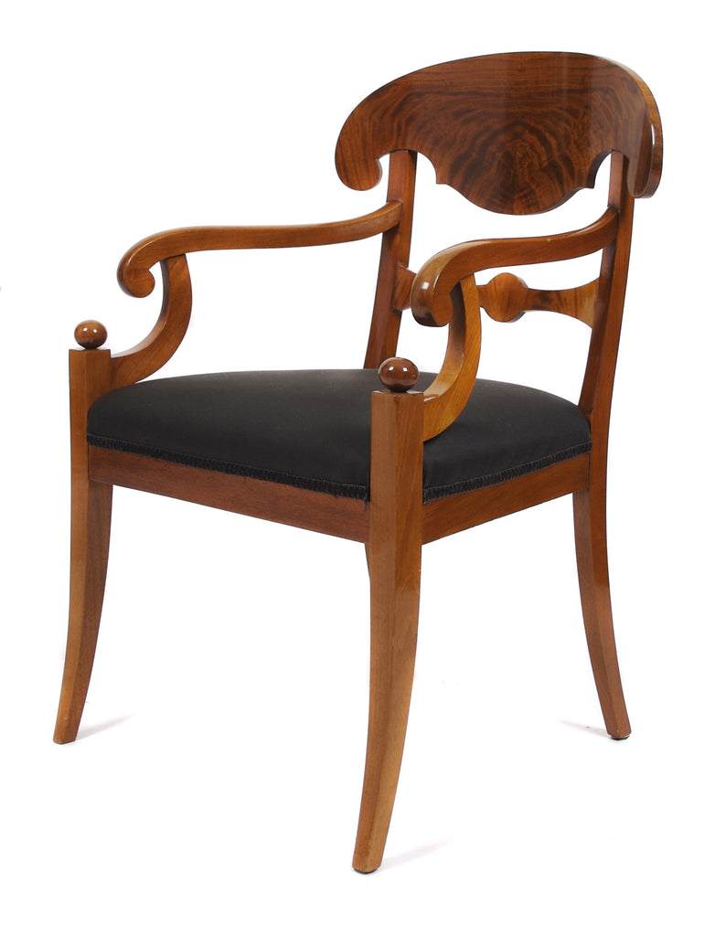 <b>PAIR OF SWEDISH BIEDERMEIER STYLE ARMCHAIRS</b><br>CIRCA 1900s</br>