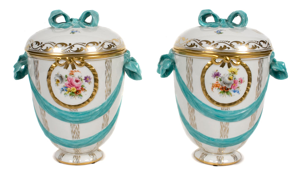 <b>PAIR OF LIDDED ROYAL PORCELAIN URNS</b><br>CIRCA 1870</br>