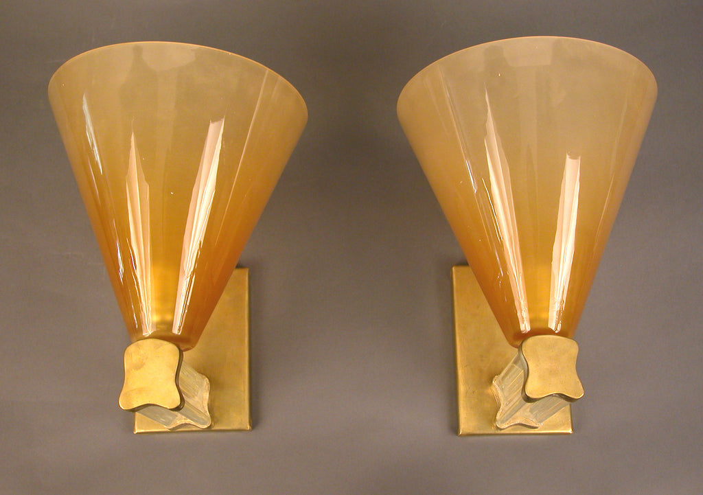 <b>PAIR OF ITALIAN WALL SCONCES</b><br>CIRCA 1950</br>