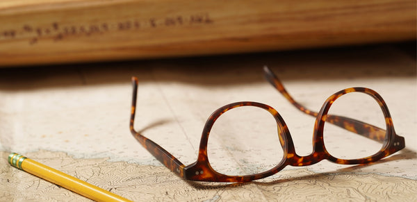 Selecting the proper lens material for your new glasses
