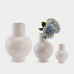 Raawii Strøm Vase - Small - Vaporous Gray (Off-White)