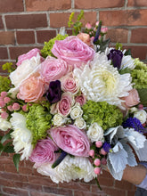 Load image into Gallery viewer, Bi-Weekly Fresh Bouquet Subscription (once every 2 weeks)