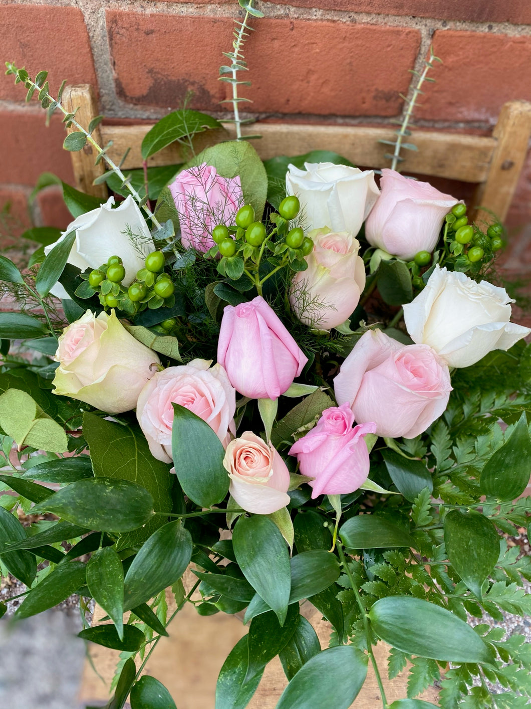 Light Pink & Blush Premium 12-Rose Bouquet