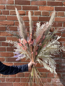 Monthly Dried Bouquet Subscription