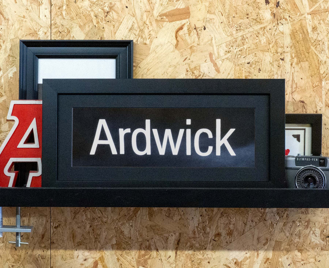 Ardwick Mini Framed Bus Blind