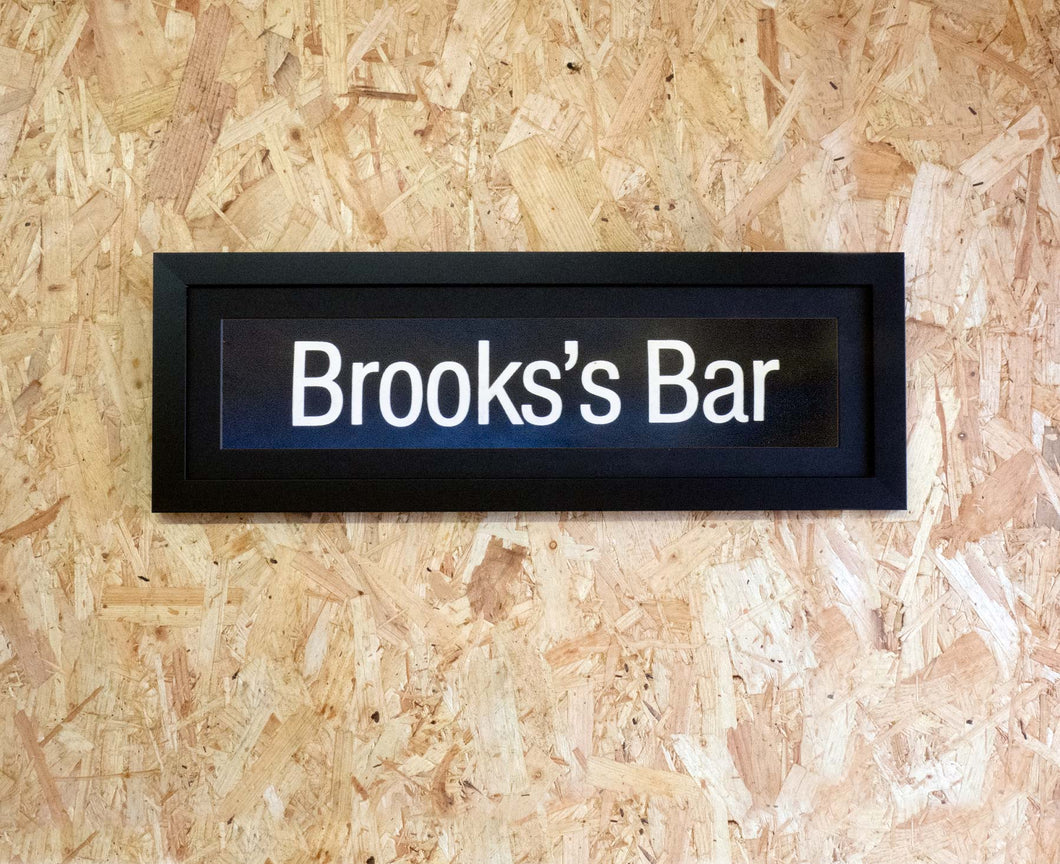 Brooks's Bar Mini Framed Bus Blind