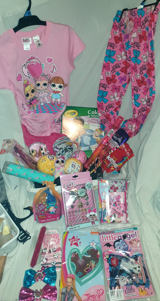 Luxury mixed girls gift bag deal