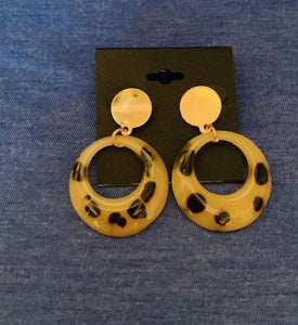 Light Circle Leopard Earrings