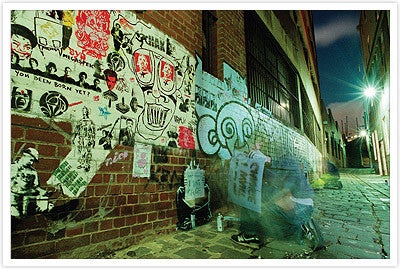 Stencil Grafitti Capital: Melbourne by Jake Smallman & Carl Nyman - Mindzai  - 1