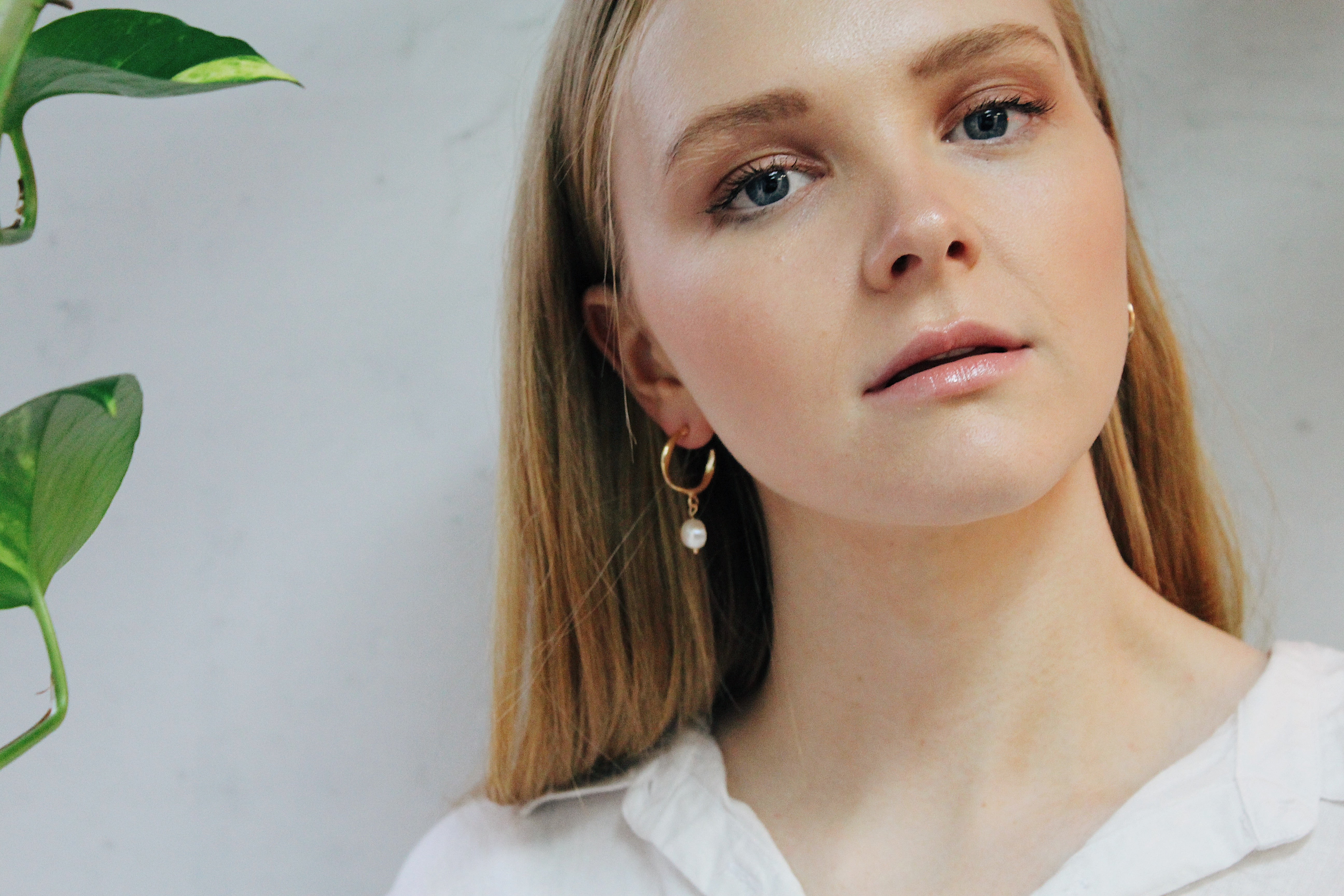 Nataliya Faux Pearl Earrings