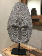 Tribal Mask 2 (medium)