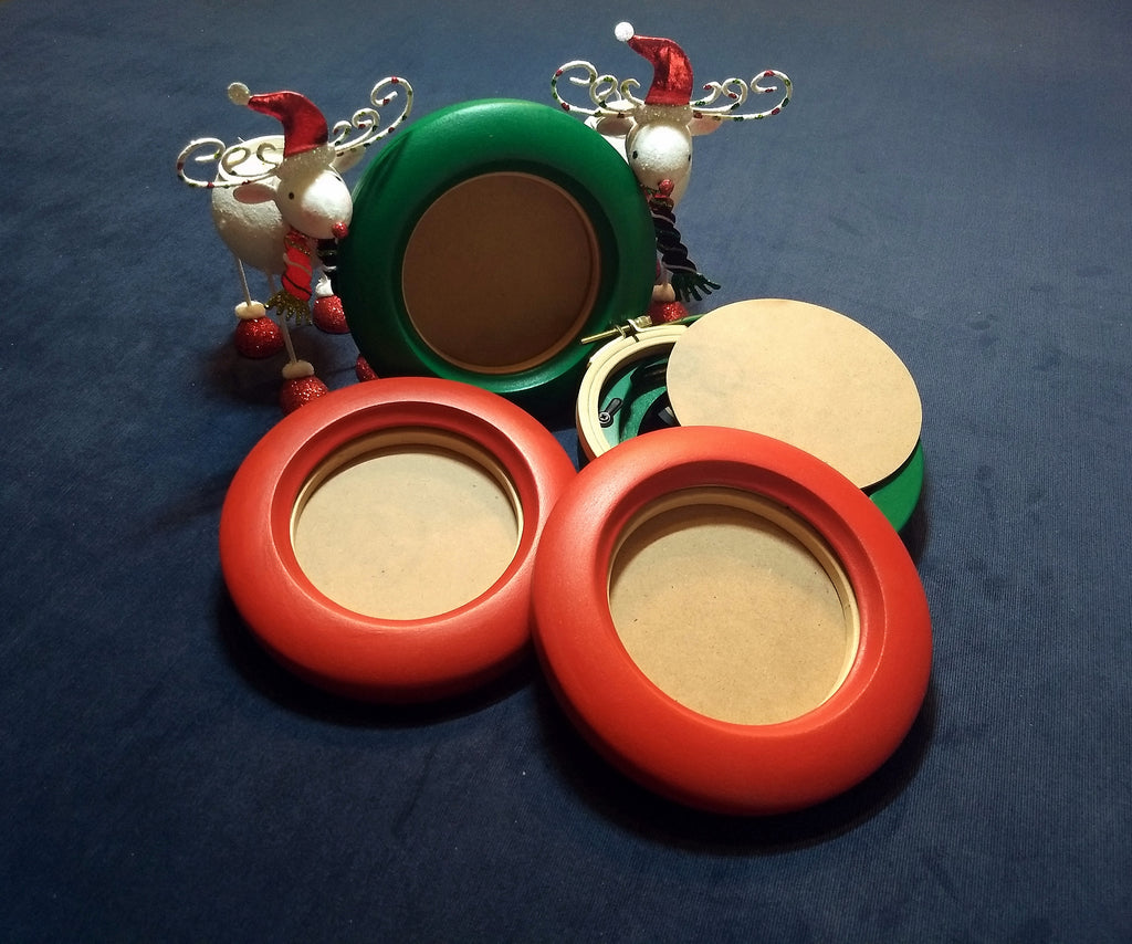 Package of Three - 3 or 4-Inch Embroidery Hoop Frames- Christmas Set