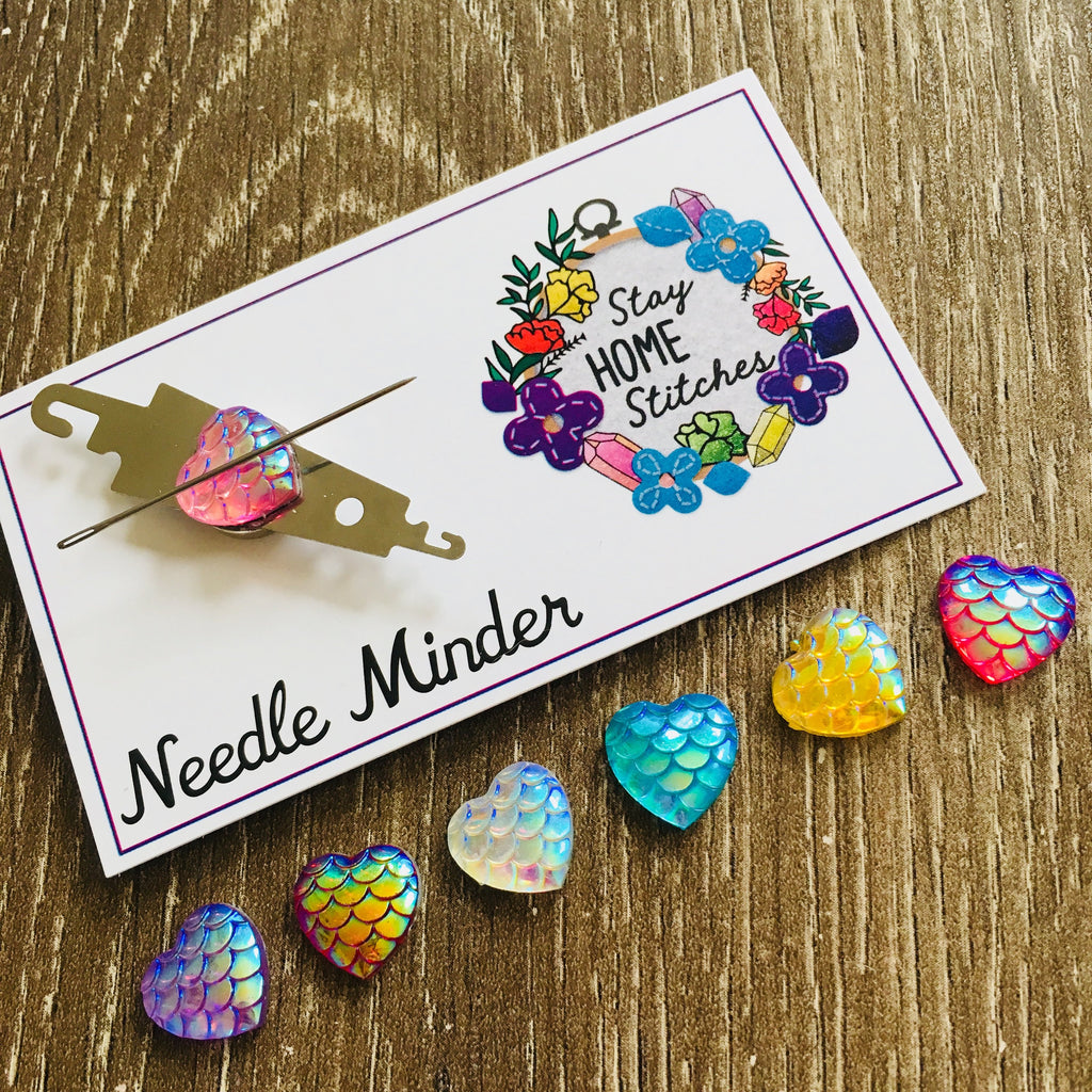 Needle Threader and Needle Minder Combination -Mermaid Scale Heart
