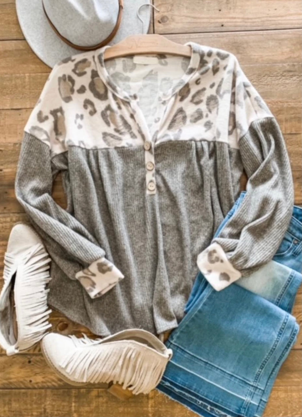 Brushed Ivory Leopard Top