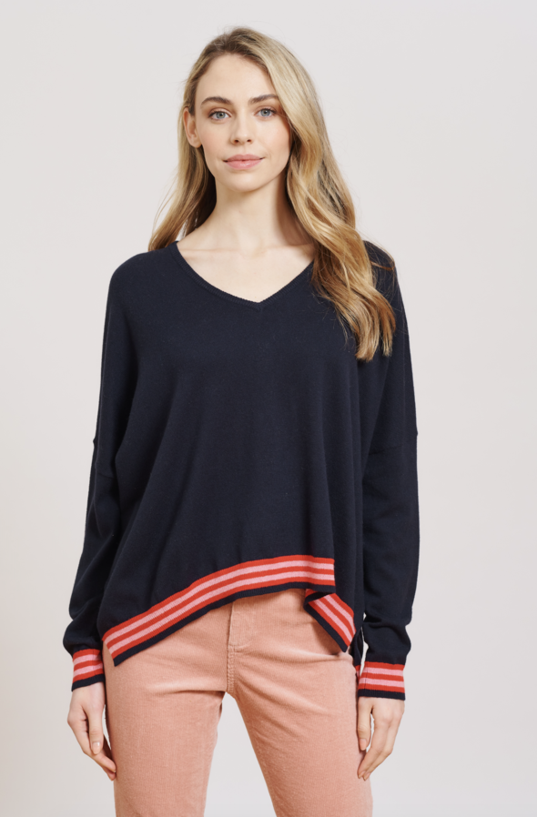 POCKET FULL OF LOVE SWEATER | Navy | Alessandra Cashmere