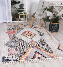 Load image into Gallery viewer, Boho Moroccan Marrakesh White Rug
