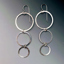 Load image into Gallery viewer, Triple Taper Circle Earrings