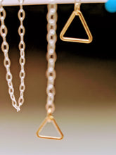 Load image into Gallery viewer, Triangle Slide Necklace
