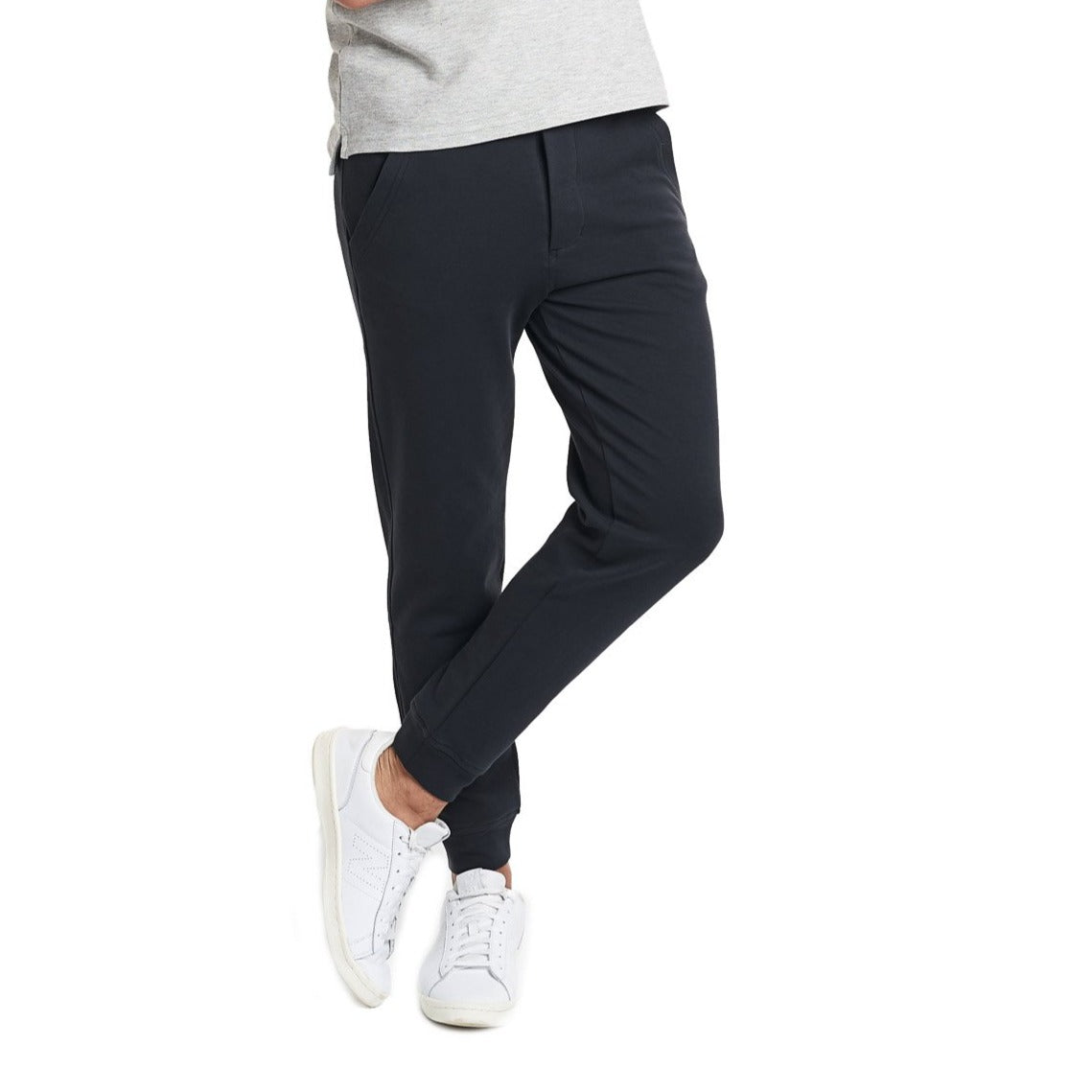 b602802a8587 Black Sweatpants for Short Men (27