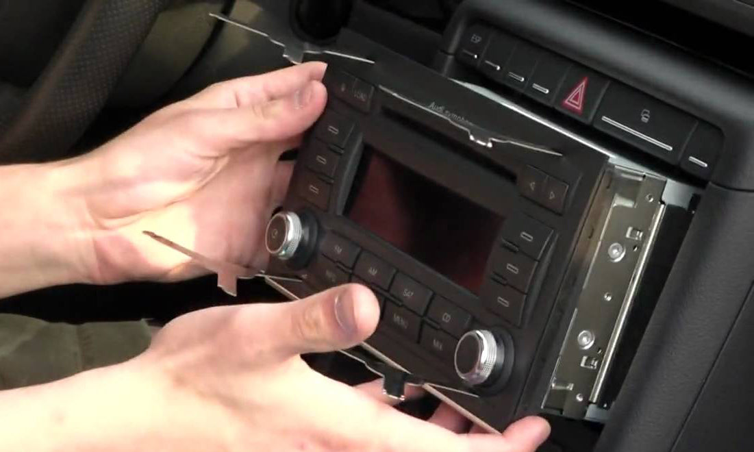 How to Remove and Install Audi A4 S4 RS4 Car Radio