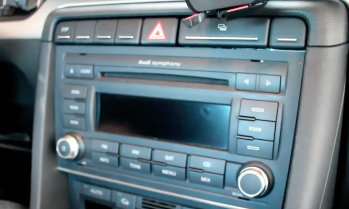 How to Install Audi A4 B7 Car Stereo with Bluetooth
