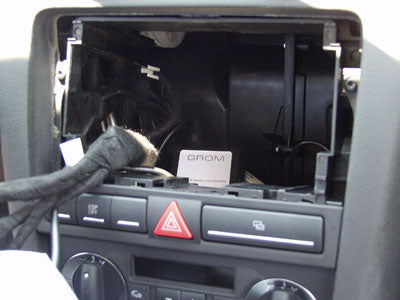 How to install aftermarket stereo for Audi A3 2008