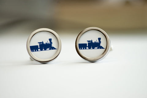 Steam Train on cufflinks - train cufflinks, Men's Cufflinks, Husband, Wedding gift, Novelty cufflinks for him