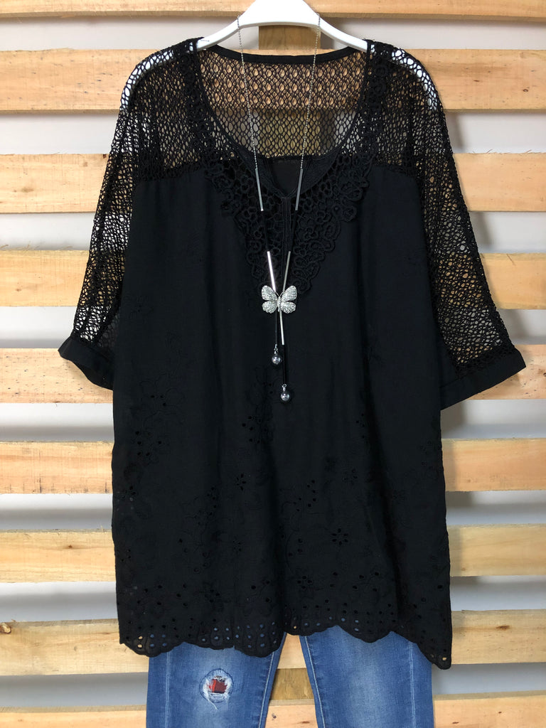 Woman Fashion Embroidery Openwork Lace Shirt Tops Blouse
