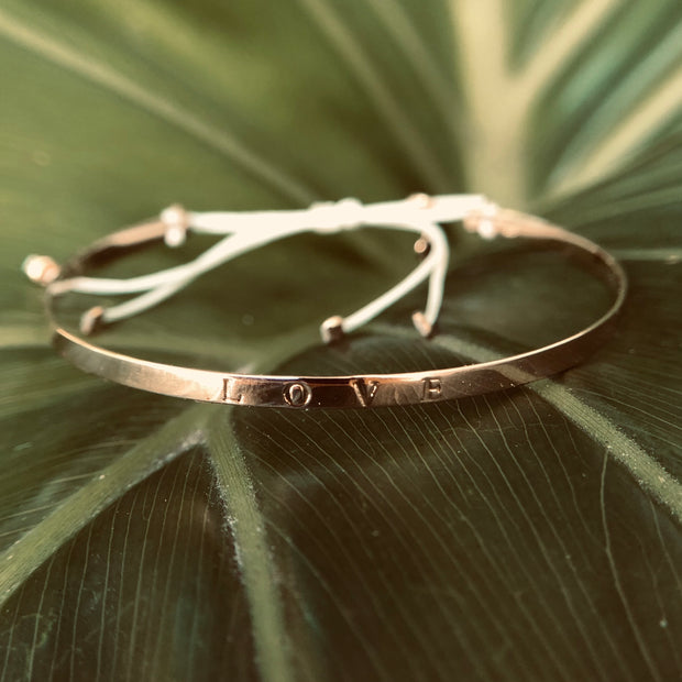 Expressive Flat Knotted Bangle