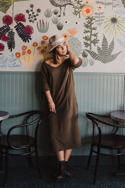 Chesen Caftan in Olive