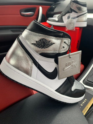 NIKE AIR JORDAN 1 HIGH OG 'SILVER TOE'